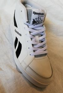 White Reebok kewtee High tops